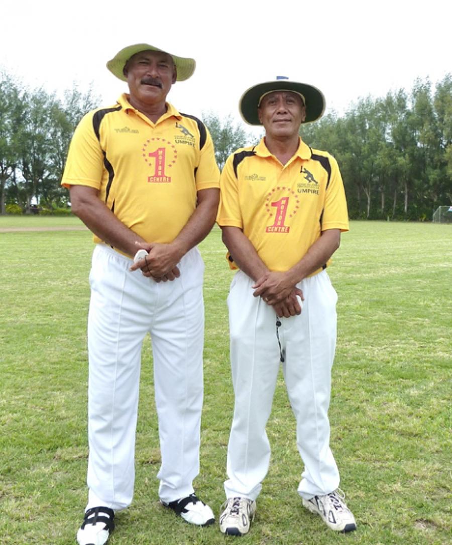 Lifetime service award for local cricket diehard