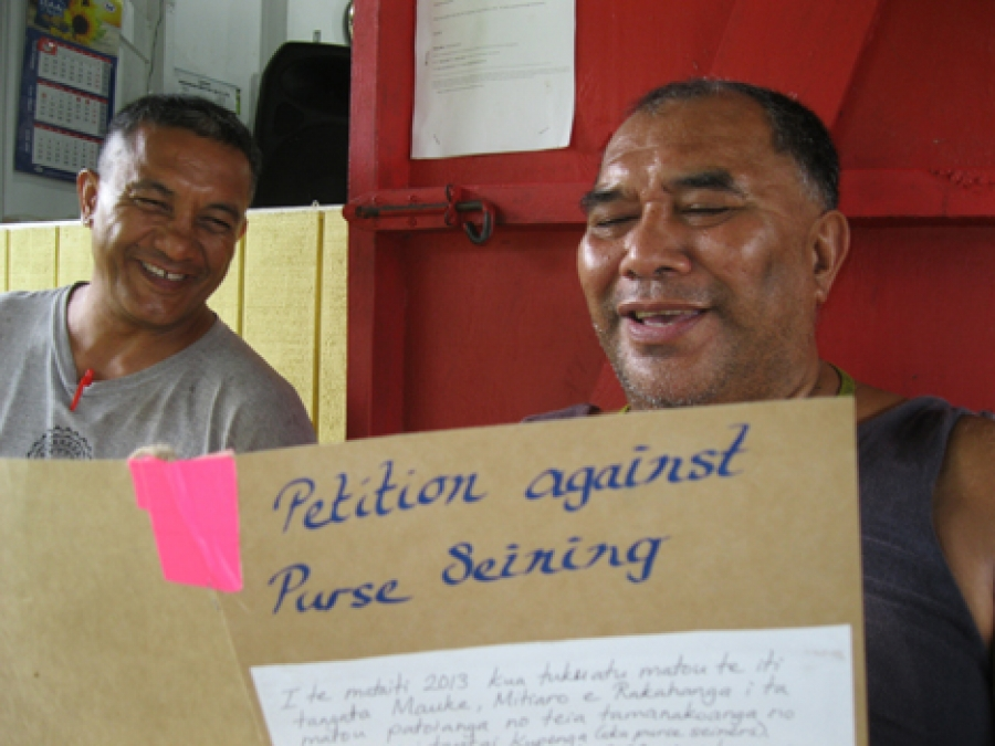 Petition well received on Mauke