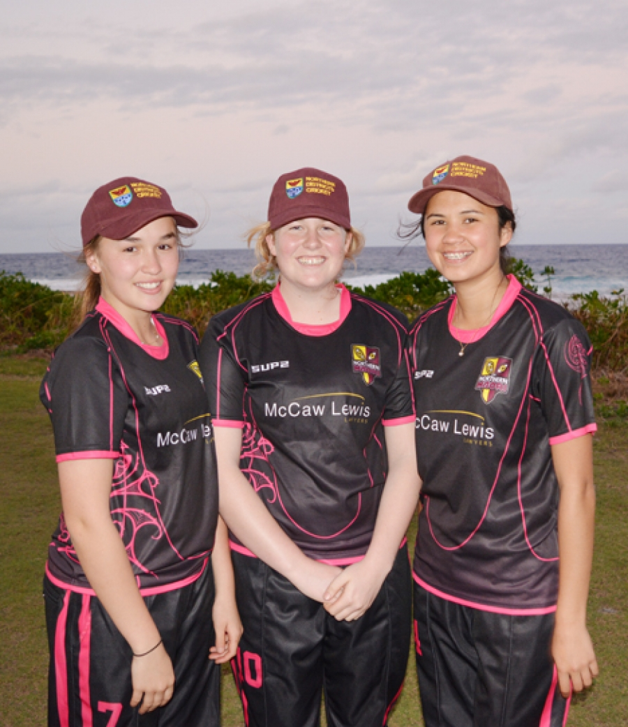 Warm farewell for visiting cricketers