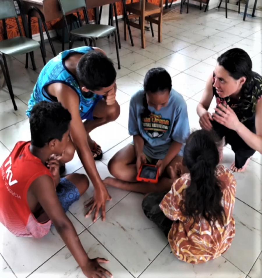 Language starts with parents and tamariki