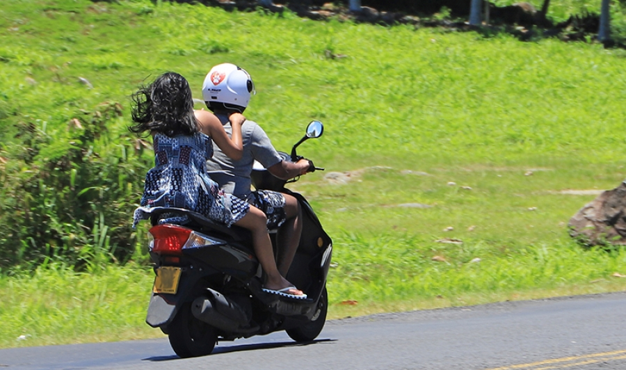 Month's delay expected for helmets law