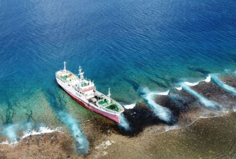Stranded Chinese fishing vessel advised to offload its cargo
