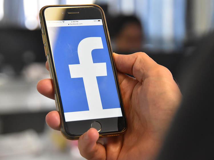 Facebook block hits region hard