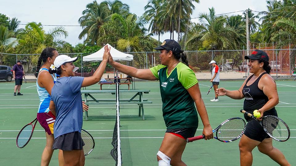 Doubles meet opens tennis season