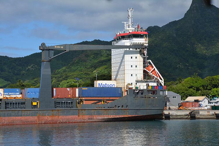 Buyers scramble as ship unloads eggs