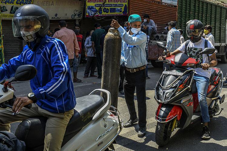 Australia Tells Its Citizens in India Amid COVID Crisis: Don't Come Home