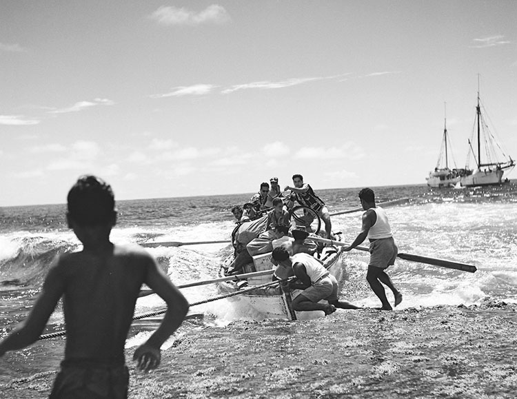 Reliving memories of Mangaia's boatmen shooting the reef