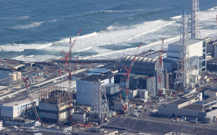 Japan PM tells Pacific that nuclear wastwater dump is harmless