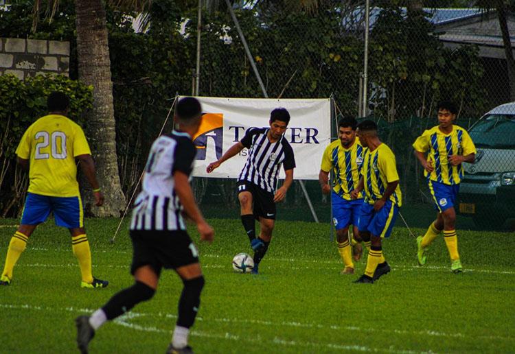 Arch-rivals meet in round three