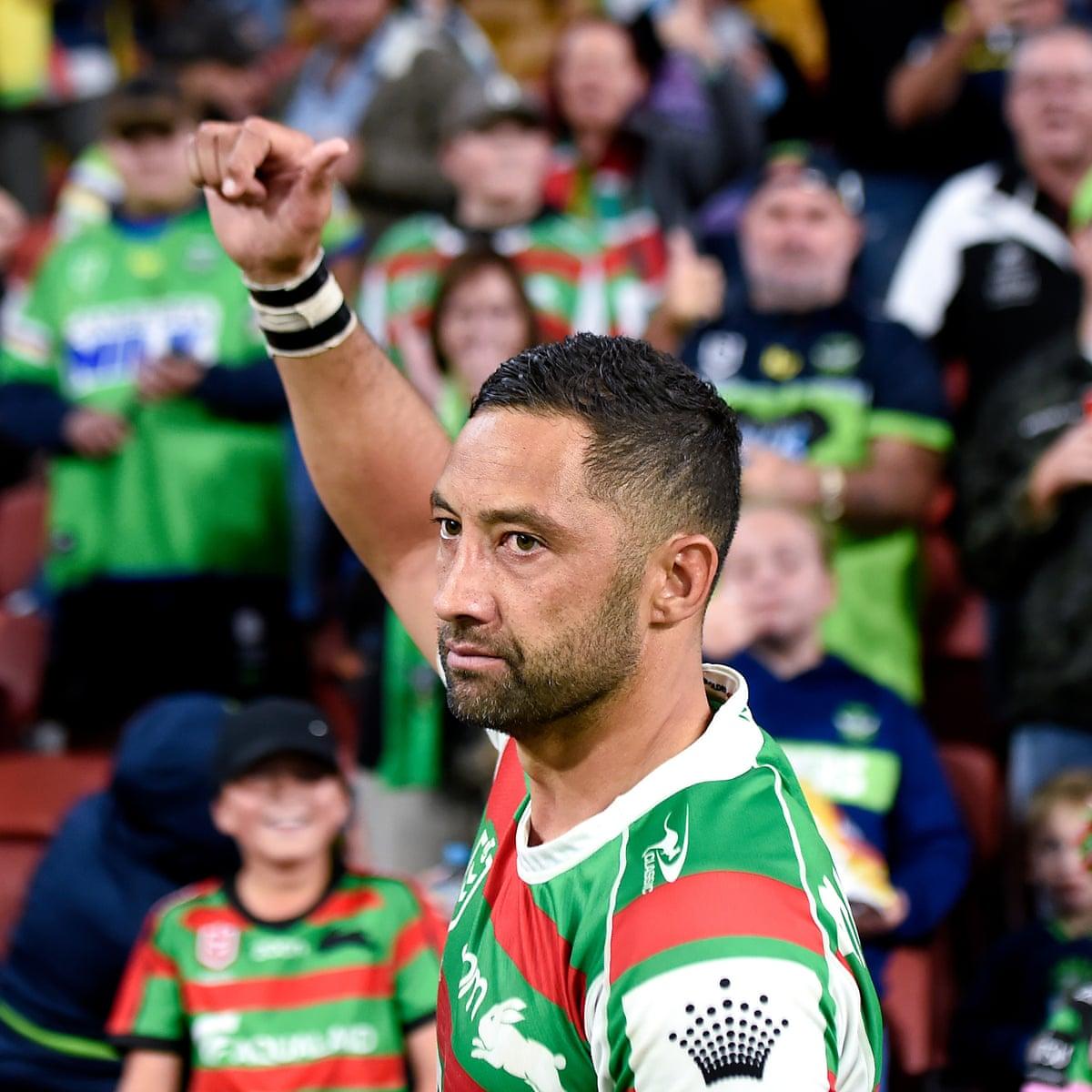 Marshall  calls time on  illustrious  league career